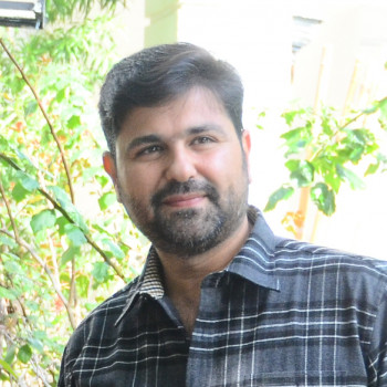 مصاحبه-با-آقای-حسینزاده-مدیرعامل-شرکت-اطلس-سرام-کویر