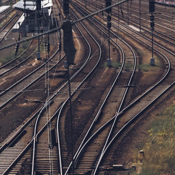 مقابله با آلودگی صوتی راهآهن با کمک نانوپوششها و نانوالیاف